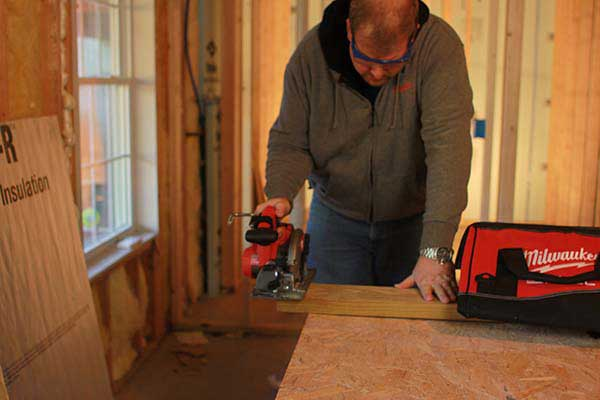 Todd-Fratzel-using-Milwaukee-M18-FUEL-Circular-Saw